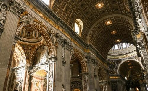 サンピエトロ大聖堂 屋内